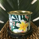 Détail bougie parfumée tropical cire de soja